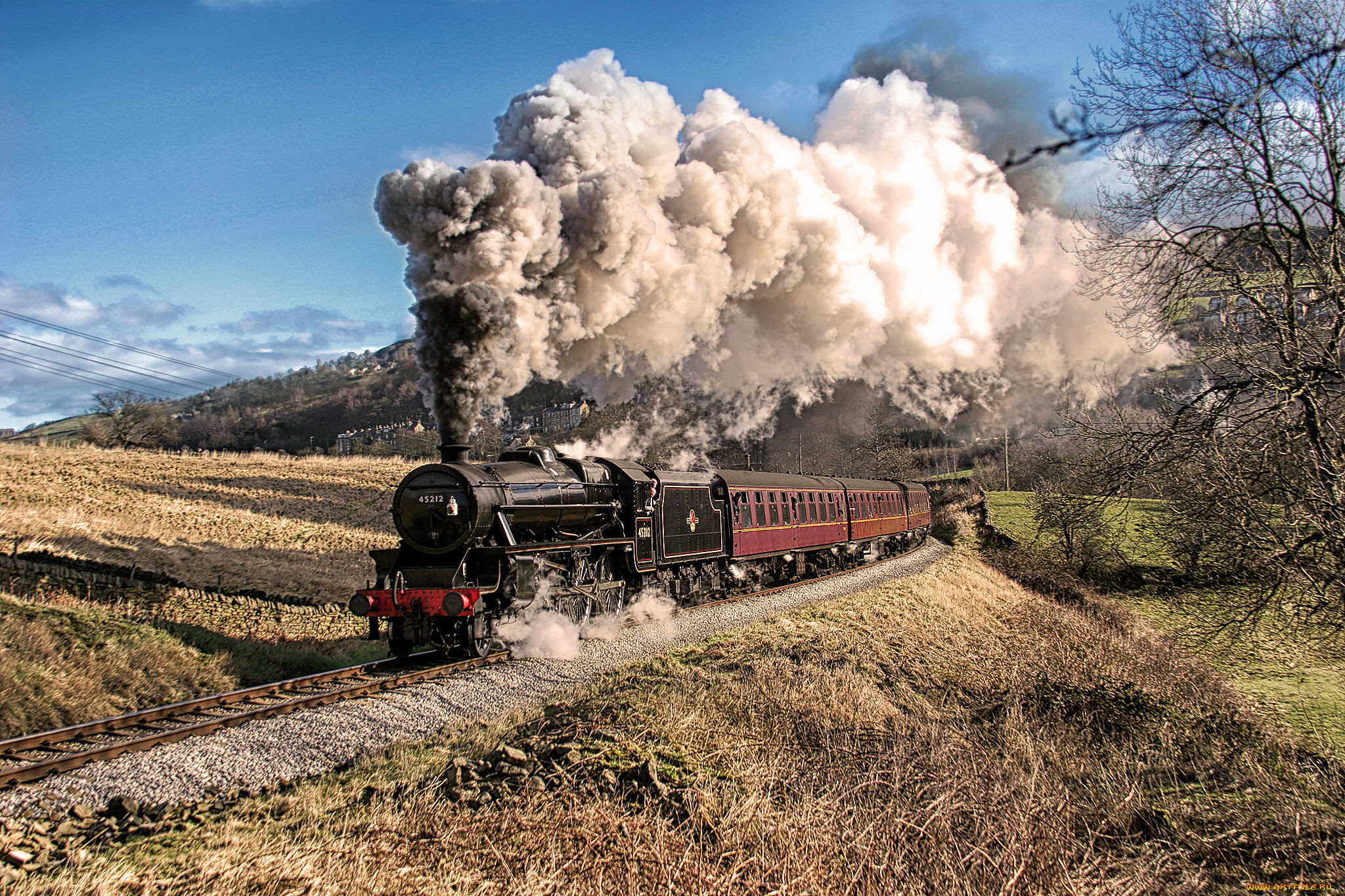 Фотообои про железную дорогу